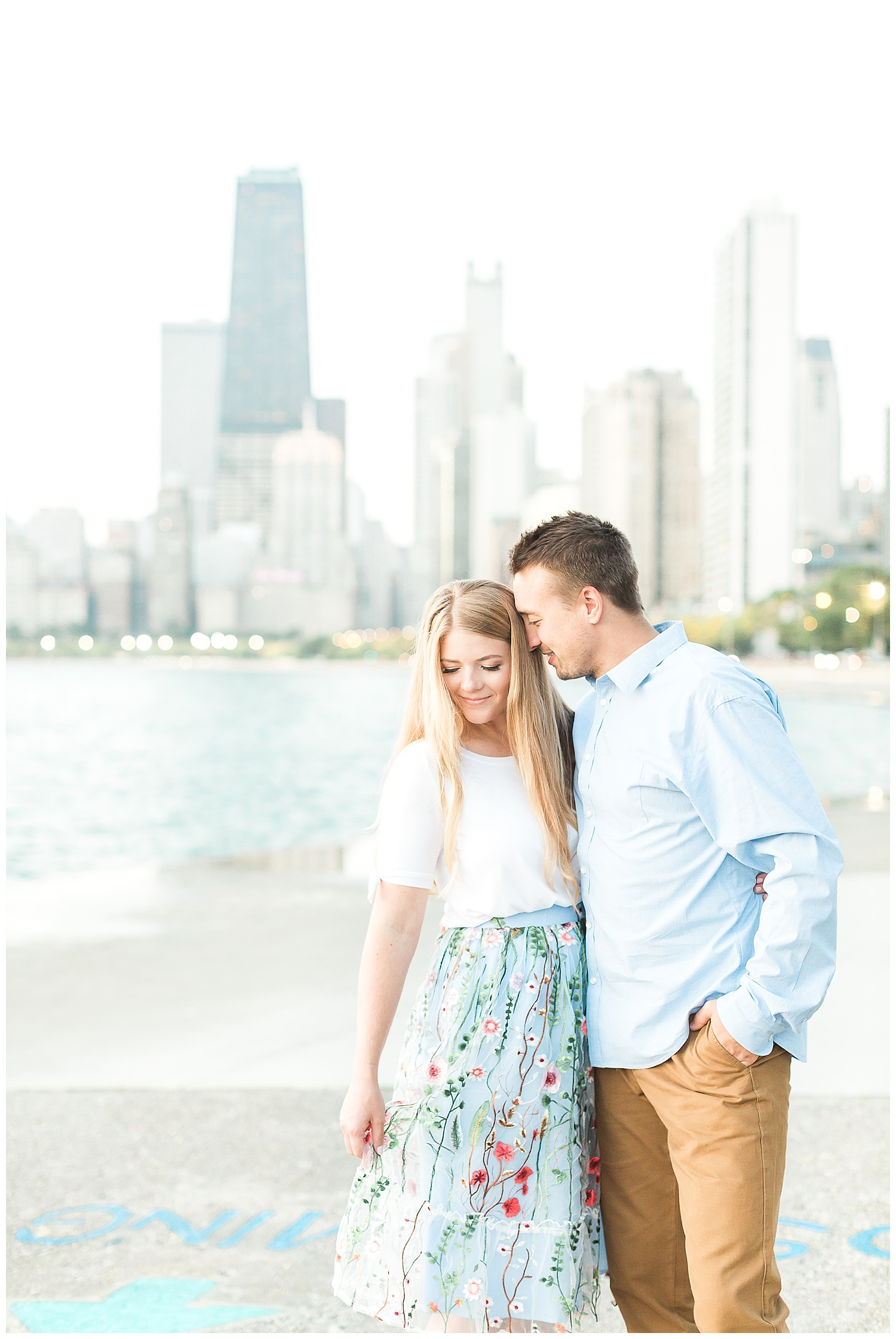 Lincoln-Park-Chicago-Engagement-Photographer-3.jpg