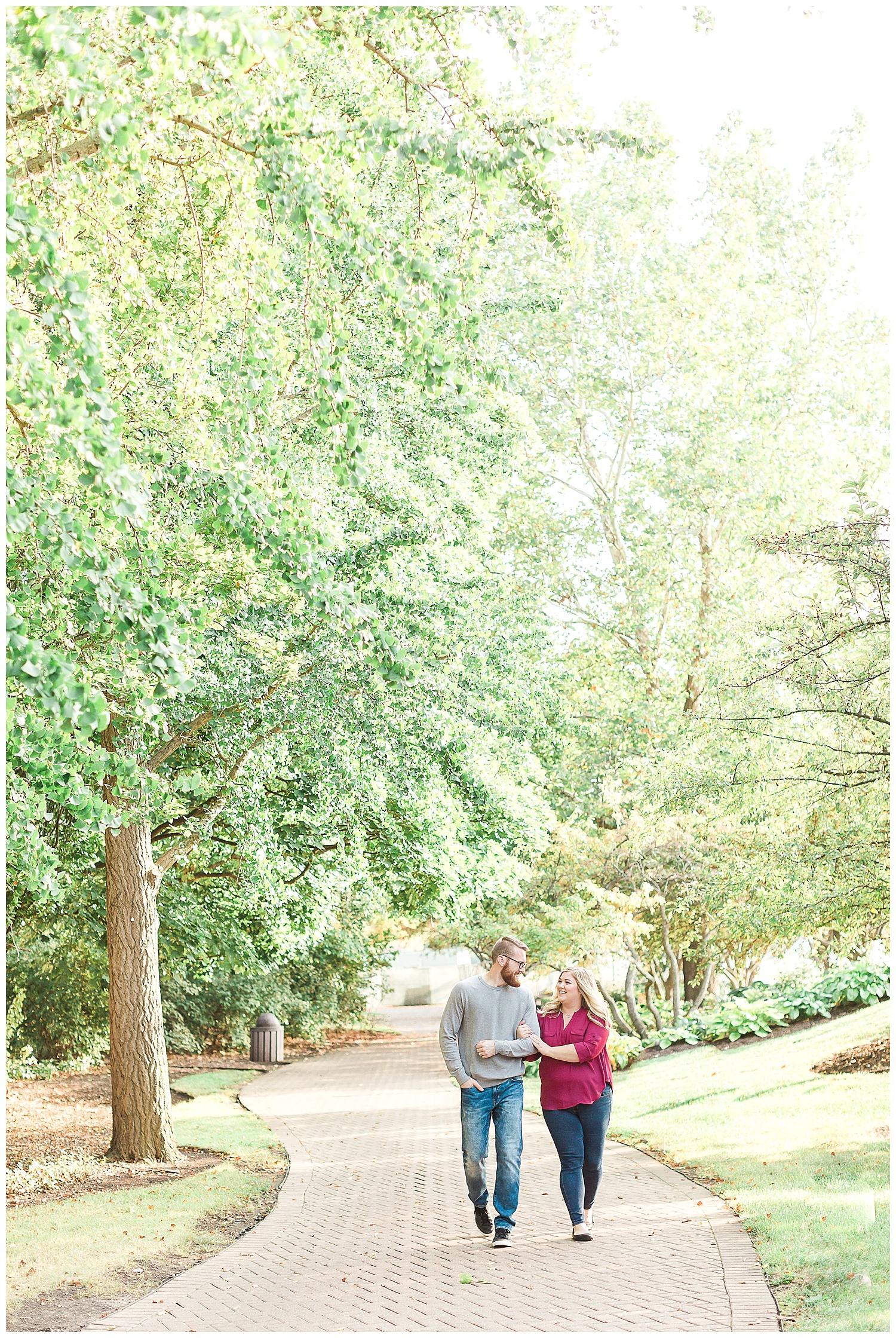 wedding-photographer-wheaton-cantigny-park.jpg