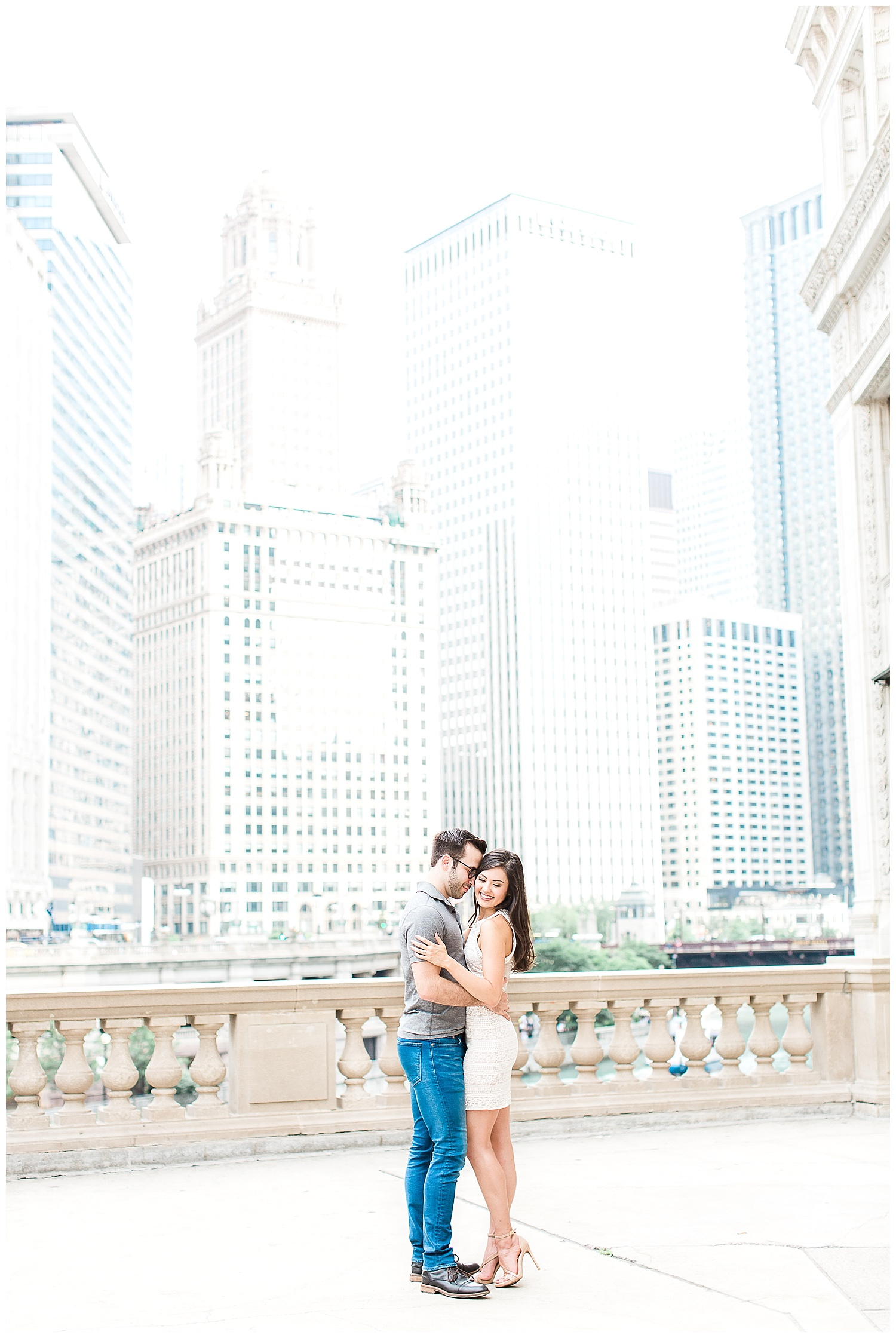 downtown-chicago-engagement-session-1