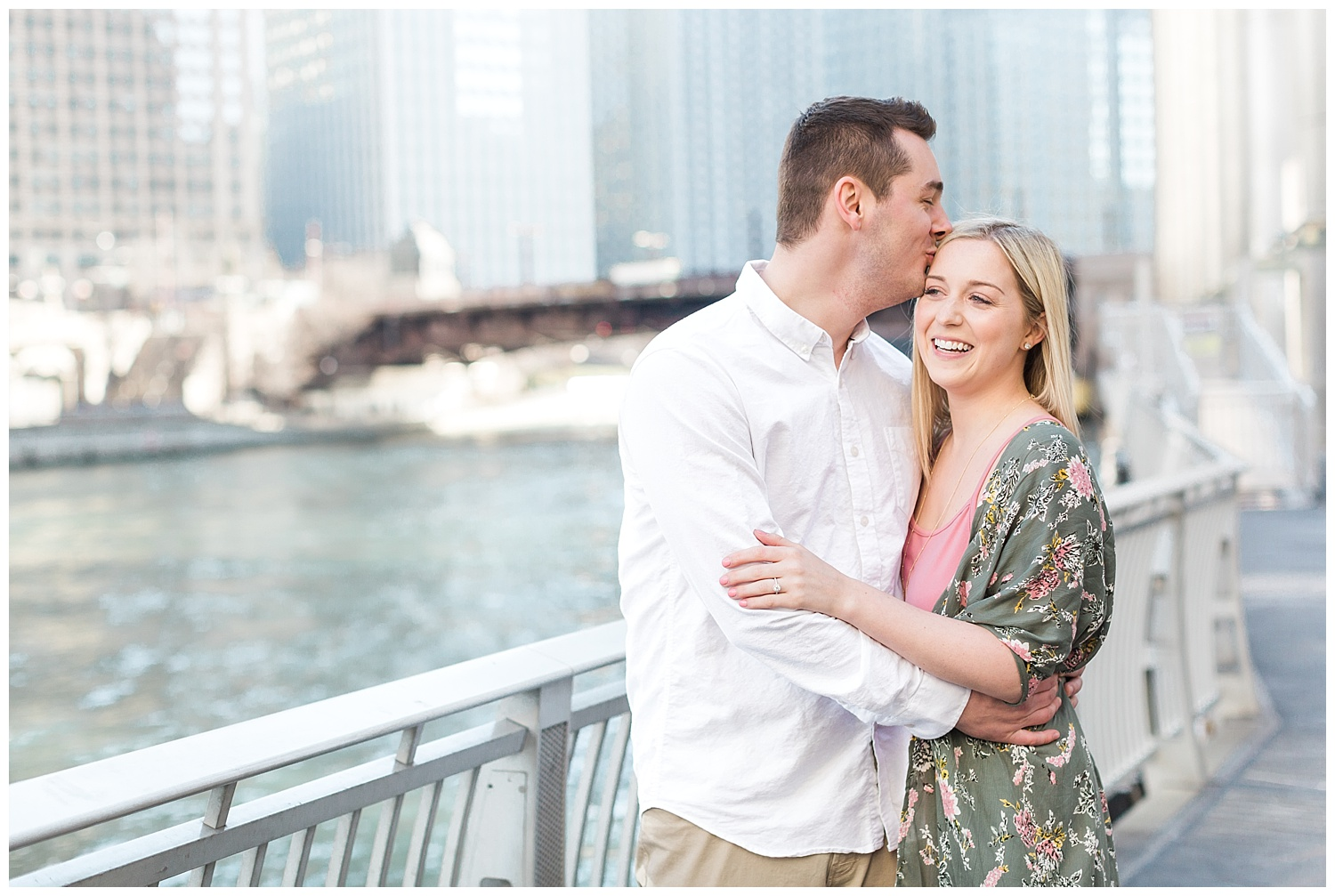 wrigley-building-chicago-engagement-pink-dress-romantic-michigan-ave_0002.jpg