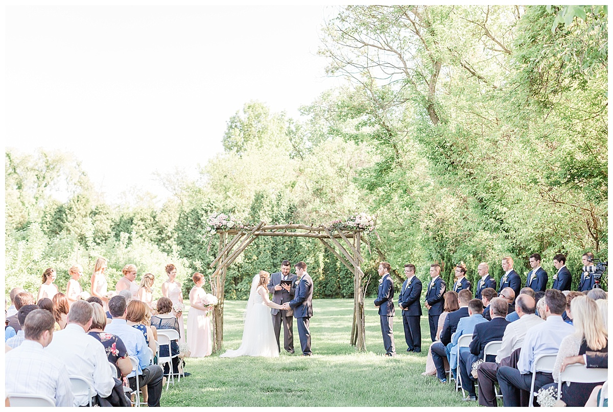 county-line-orchard-spring-wedding-chicago-photographer-light-airy_0022.jpg
