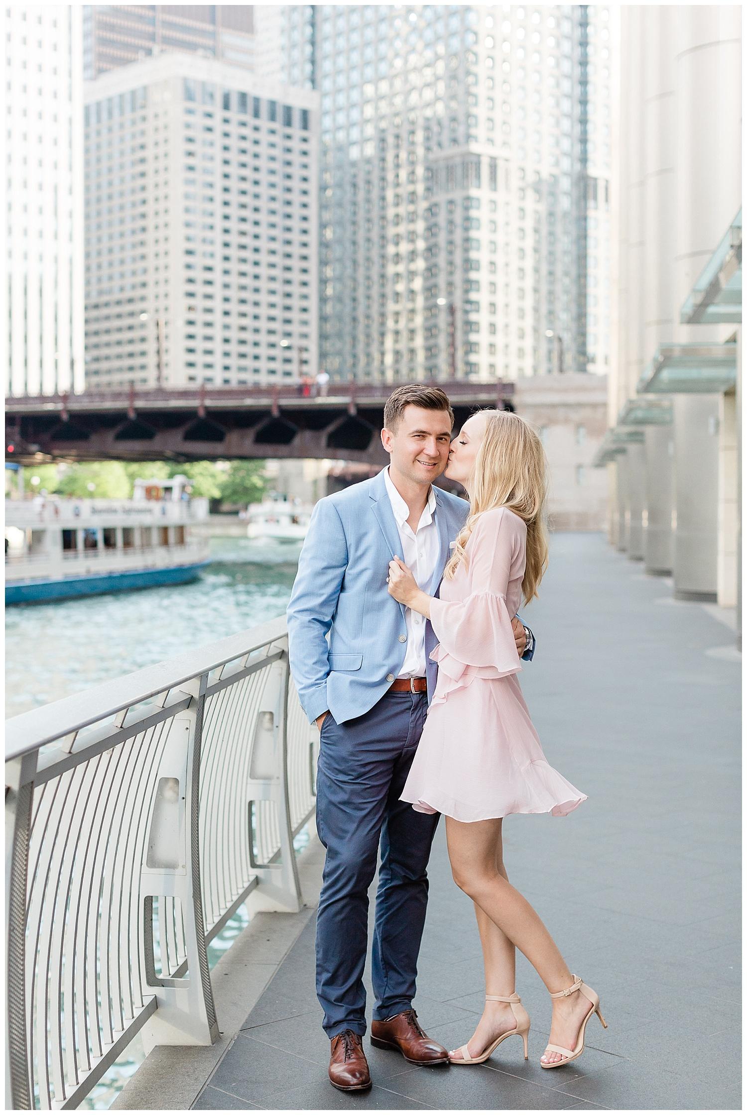 chicago-wedding-photographer-north-avenue-beach-michigan-avenue_0007.jpg