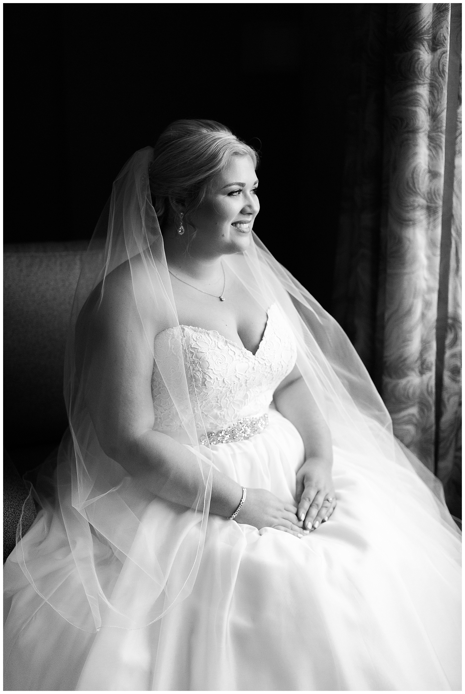 chicago-wedding-photographer-summer-itasca-country-club-classic-elegant_0014.jpg