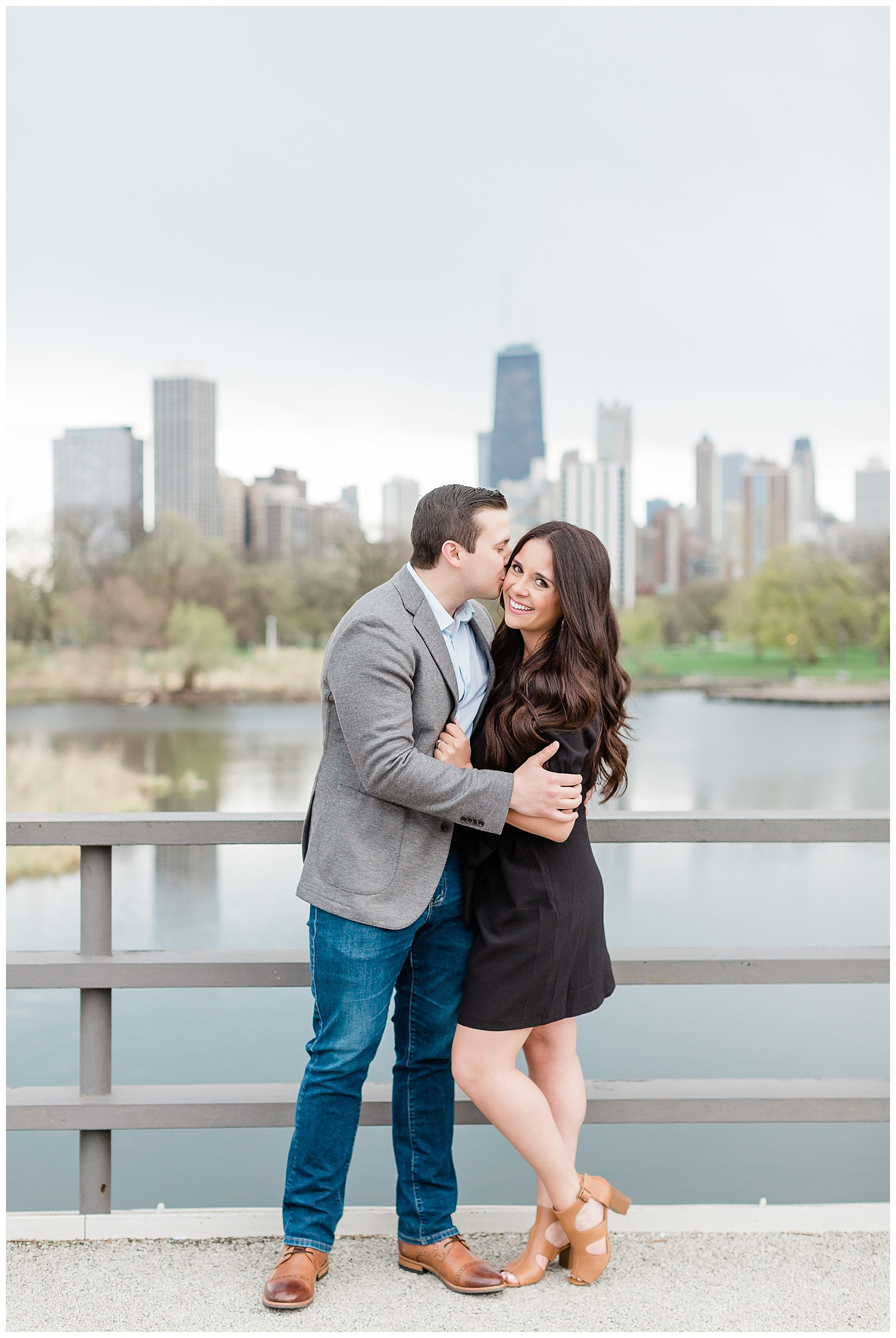 classic-downtown-chicago-engagement-session-kristen-cloyd-photography_0014.jpg