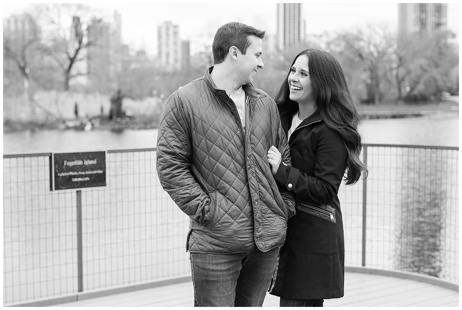 classic-downtown-chicago-engagement-session-kristen-cloyd-photography_0025.jpg