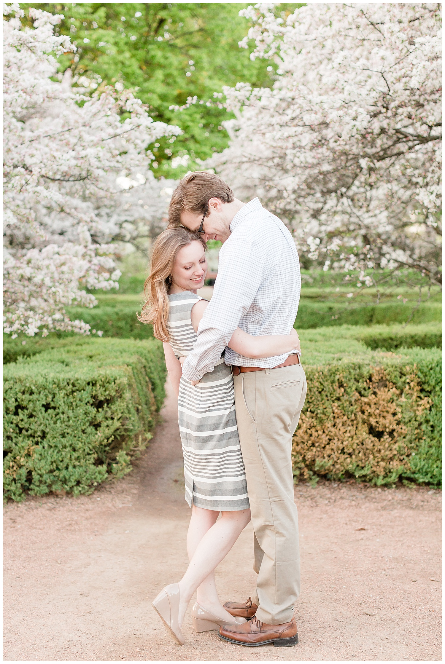 morton-arboretum-lisle-wedding-photographer-summer-engagement-session_0007.jpg