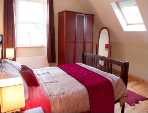 Double Bed room copy.jpg