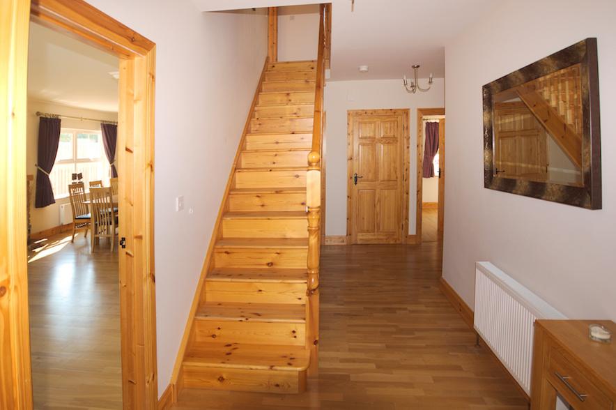 stairs-lower-landing.jpg