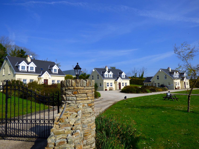 exterior-house-3-stonegate.JPG
