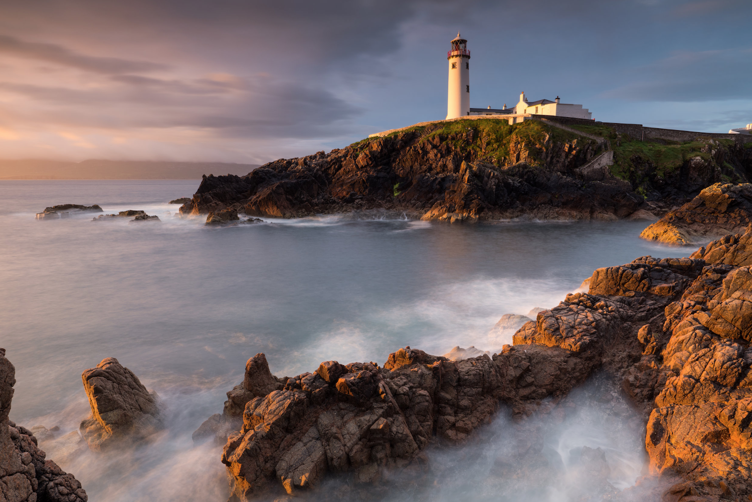 Donegal Fanad lighthouse - Getty.png