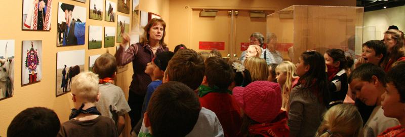 Elko County School Children Tour Wiegand Gallery.