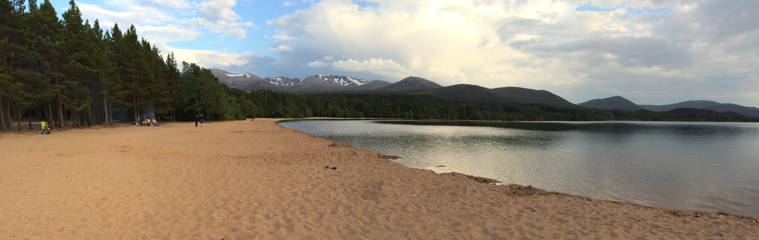 Loch Morlich beach - a blue flag beach inland with watersports equipment available for hire