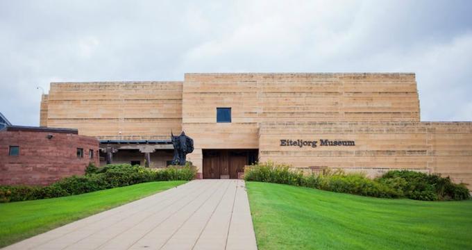eiteljorg-museum-of-american-indians-and-western-art.jpg