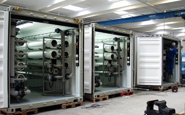 De-Sal plant, Venezuela. Processing over 1/2 million gal. potable daily.