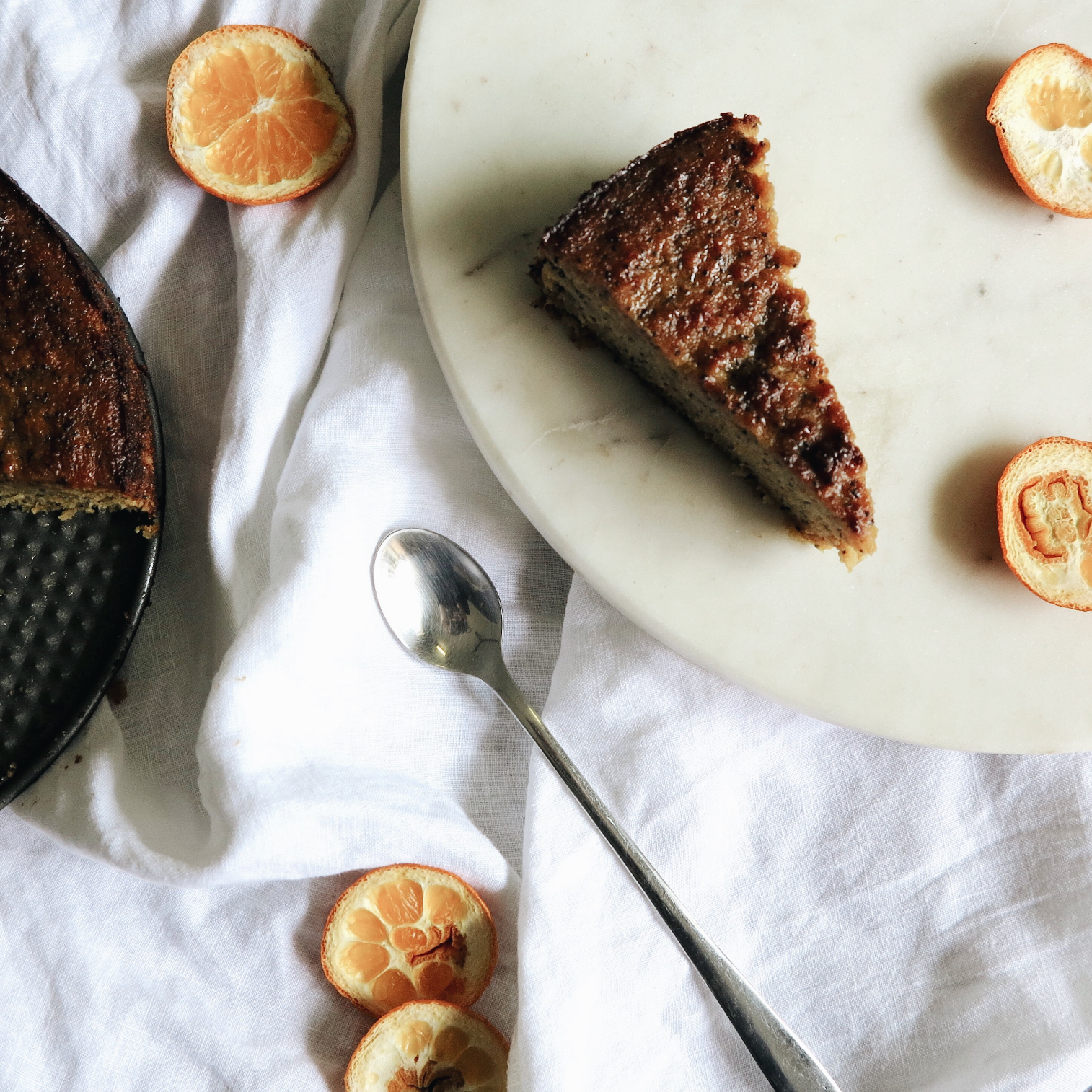 recipe: moist orange, almond & poppyseed cake -