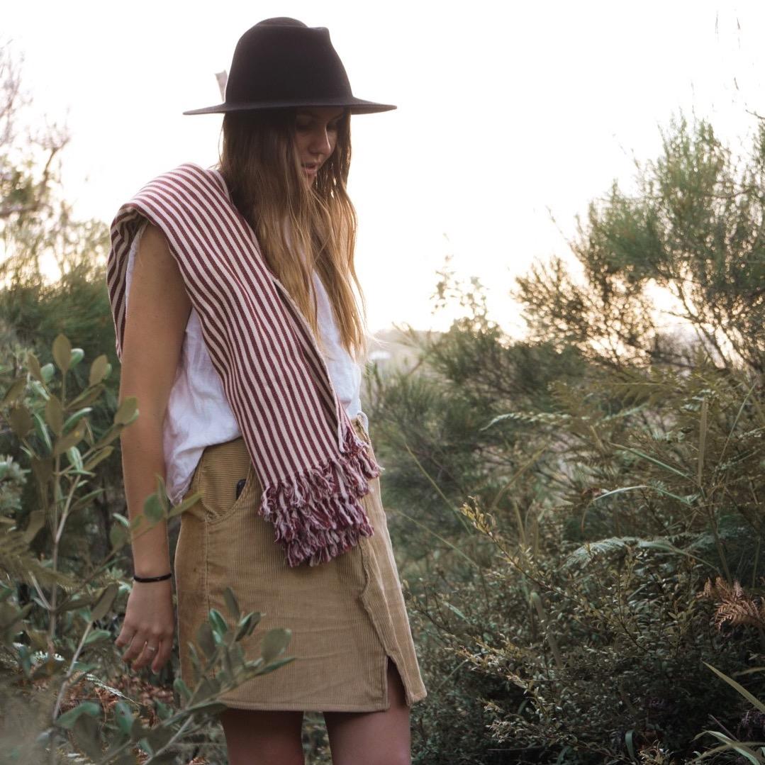 diy: turn shorts into a skirt -