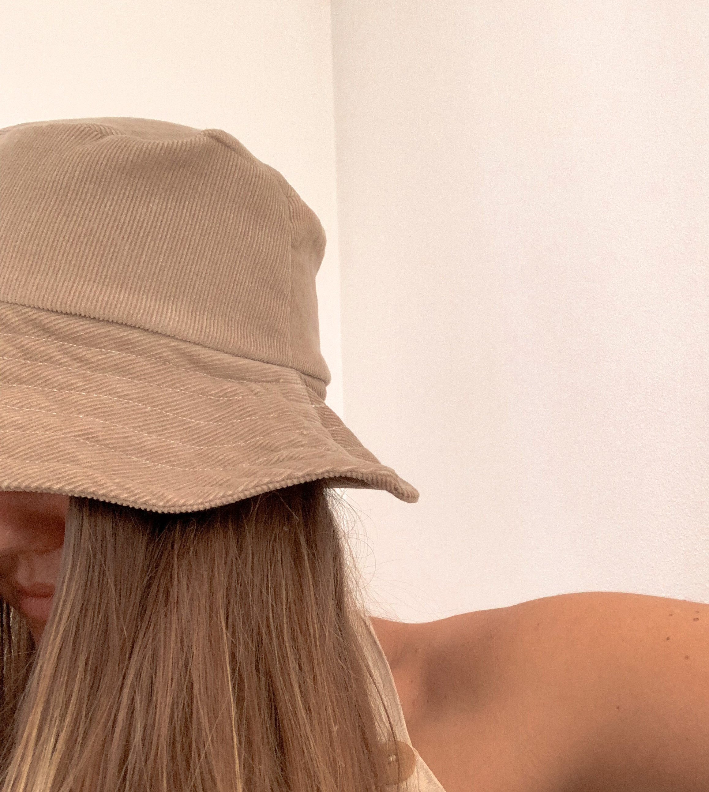 Diy Simple Bucket Hat The Essentials Club Creative Diy Hub