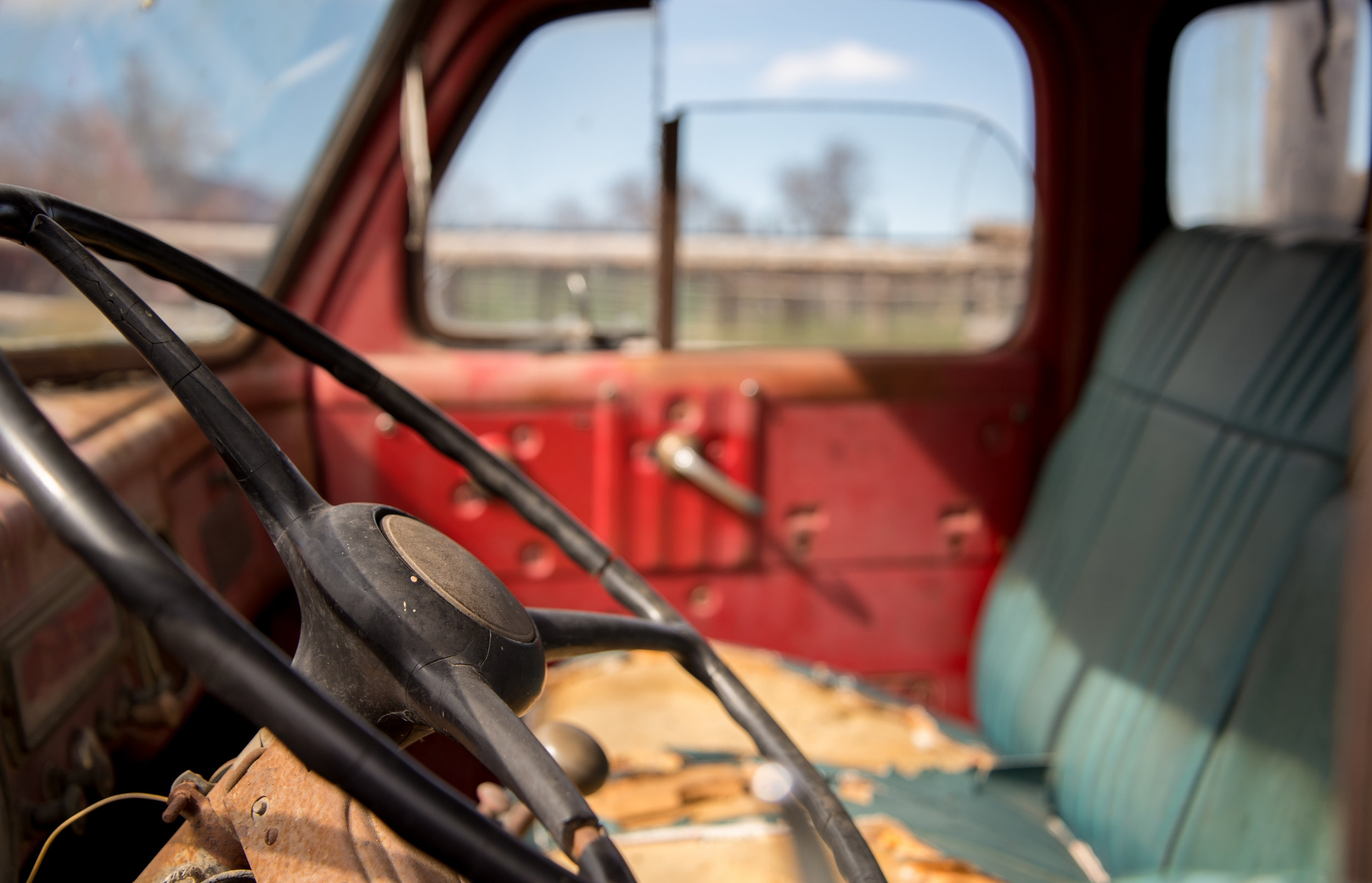 Inside an old truck at the Ranch. Shutter Speed: 1/500 Aperture: f/4.2 ISO: 200