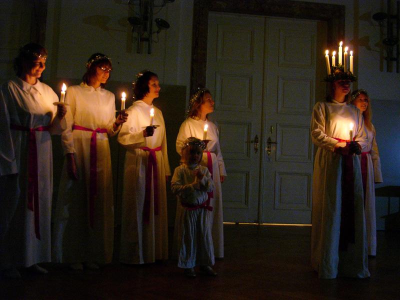 Lucia procession ( photo credit )