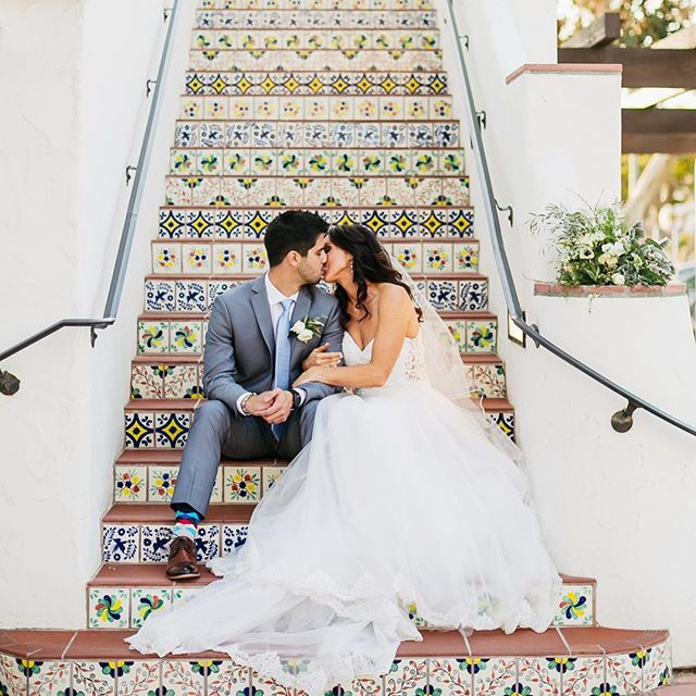 This gorgeous photo and couple! ❤️ @nutritious_yogi #loveandmarriage #sanclementewedding