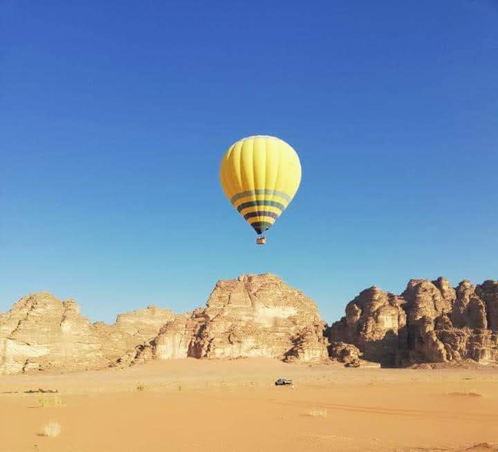 Wadi-Rum-Balloon