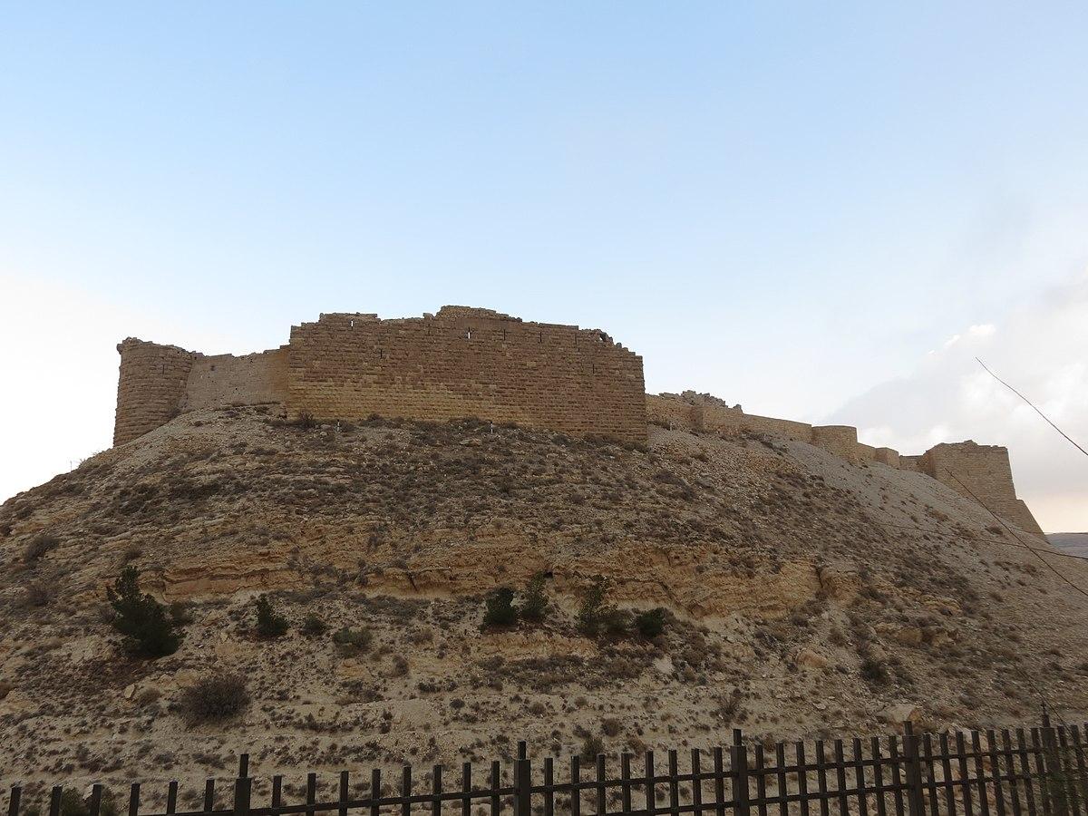 Shobak Castle. Photo taken by xorge, distributed under  CC BY-SA 2.0  license.