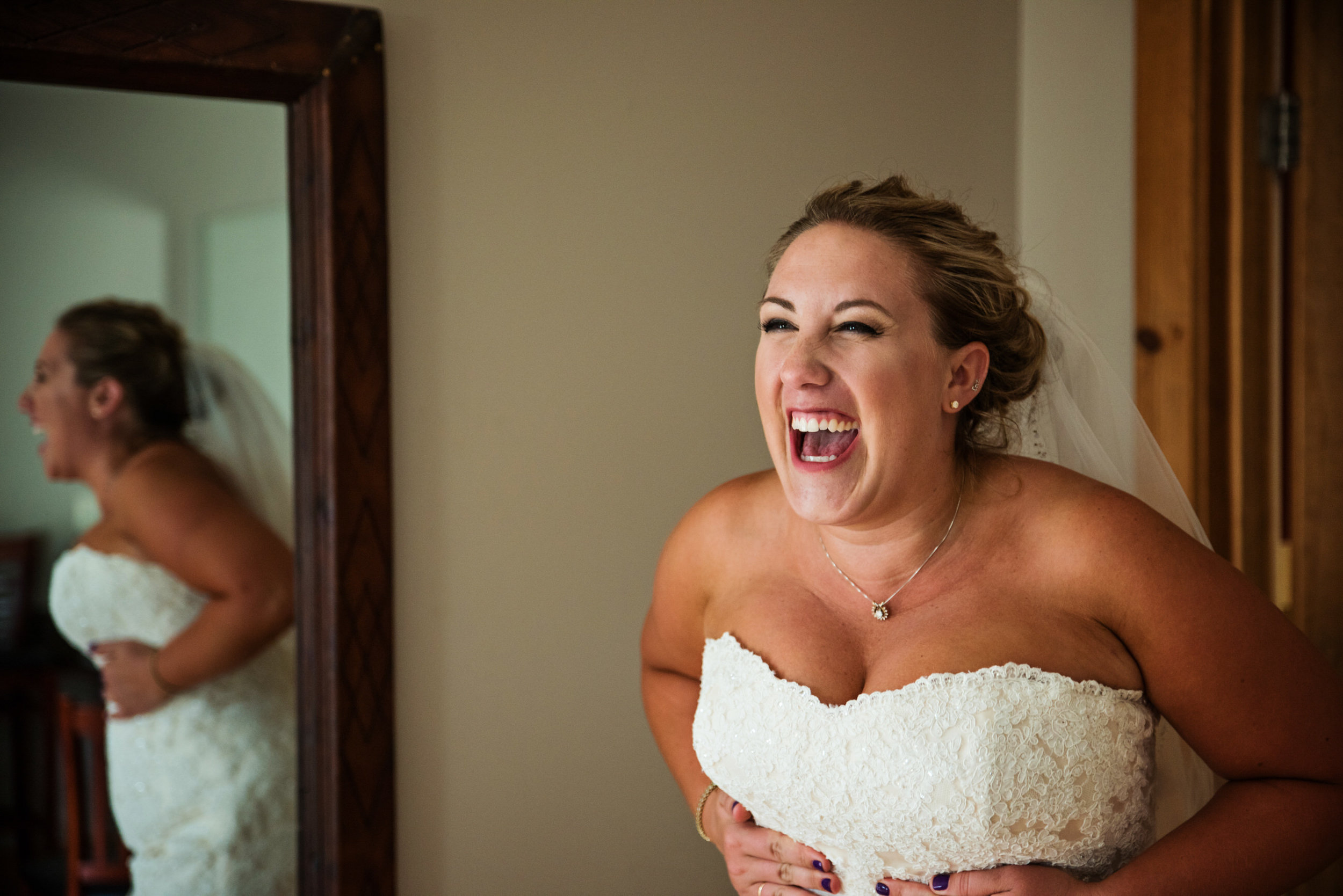 LiganoreWineryWedding-Amber&Andy-GettingReady-194.jpg