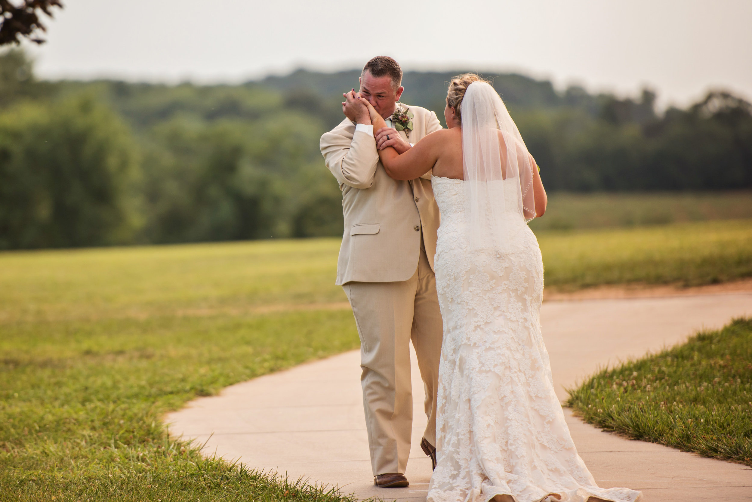 LiganoreWineryWedding-Amber&Andy-WeddingParty-7.jpg
