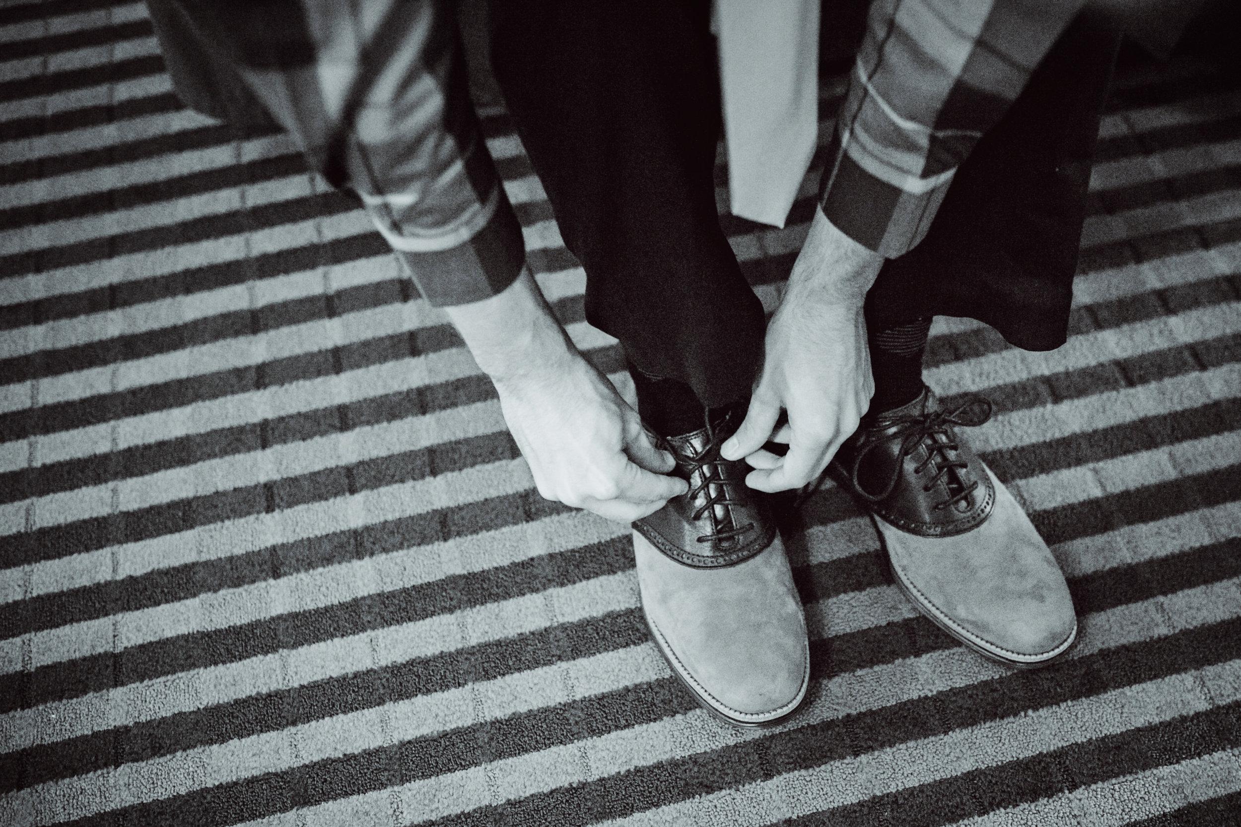EastLynnFarmWedding-Steph&Aaron-GettingReady-15.jpg