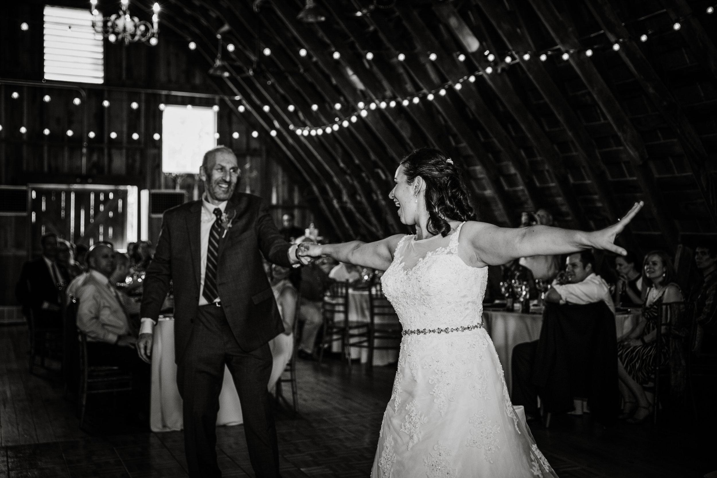EastLynnFarmWedding-Stephanie&Aaron-Reception-80.jpg