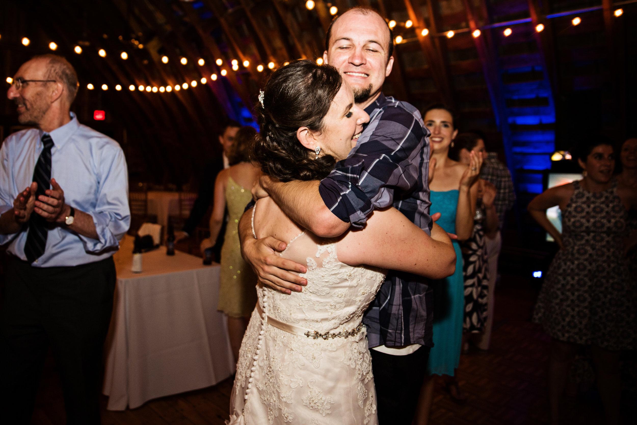 EastLynnFarmWedding-Stephanie&Aaron-Reception-359.jpg
