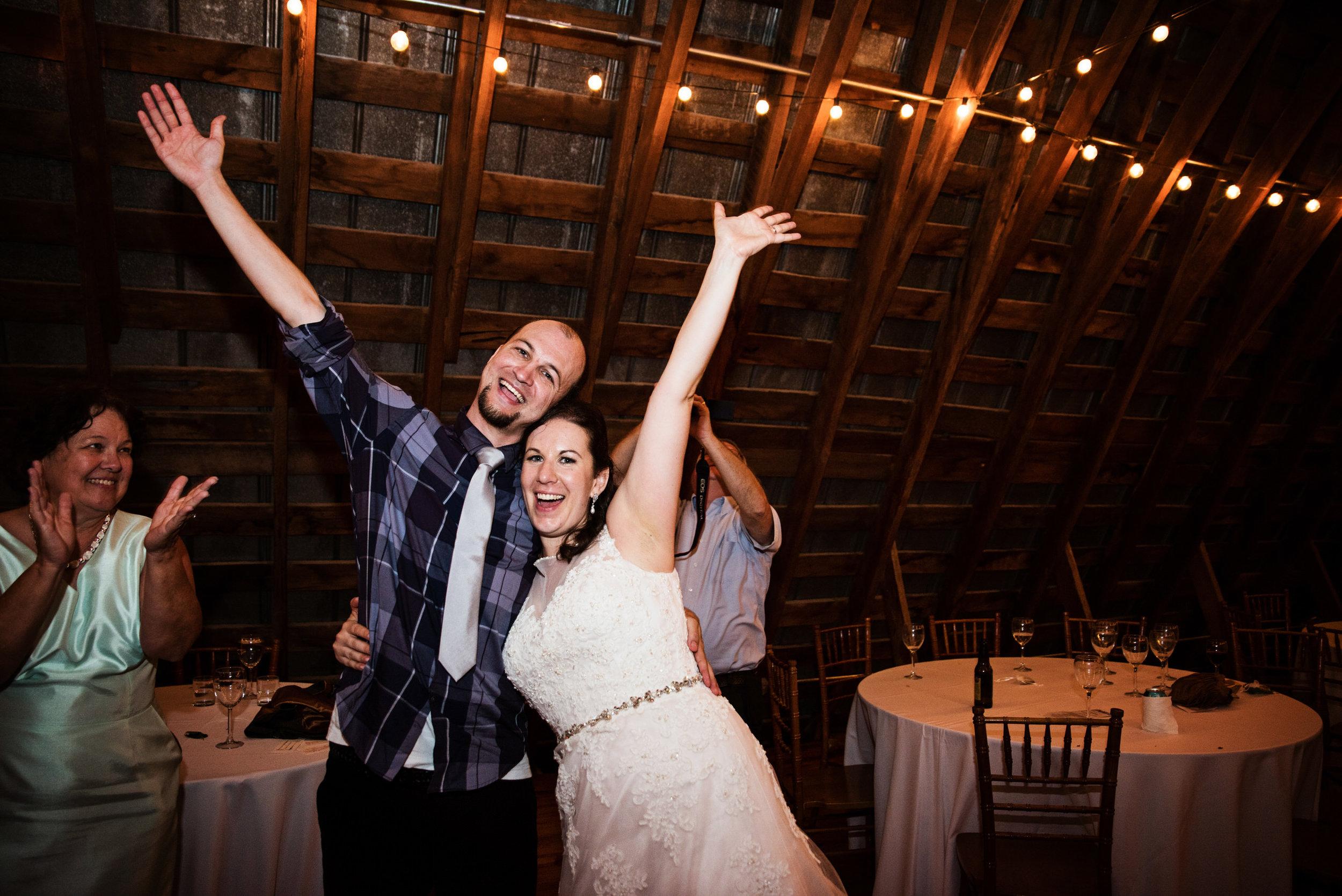 EastLynnFarmWedding-Stephanie&Aaron-Reception-378.jpg