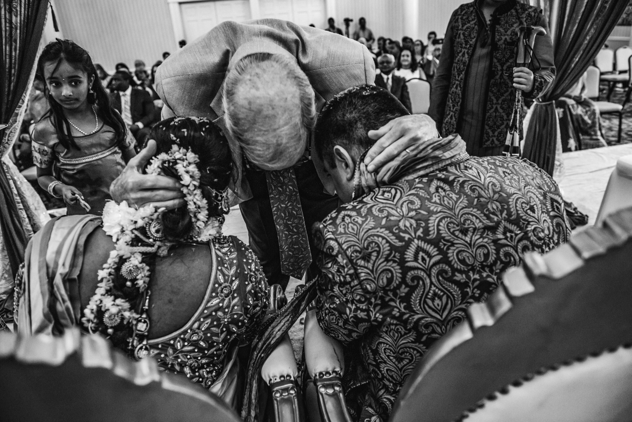 AlexandriaWedding-Blake&Sahaja-Ceremony-498.jpg