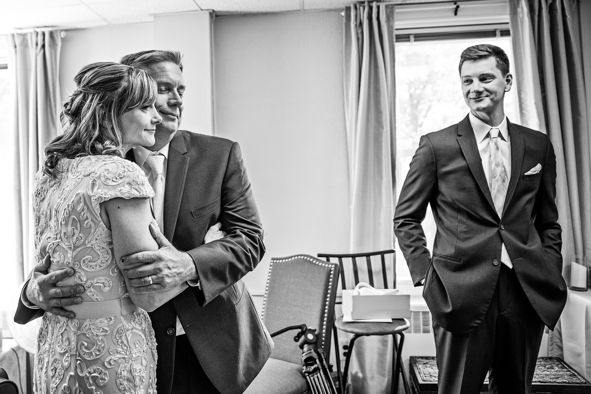 OverhillsManorWedding-Holly&David-GettingReady-301.jpg
