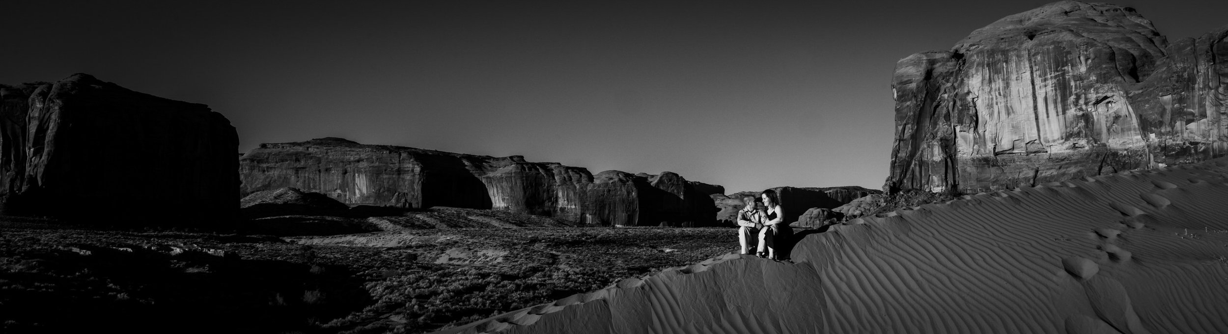 MonumentValleyEngagement-Alicia&Rob-1795.jpg