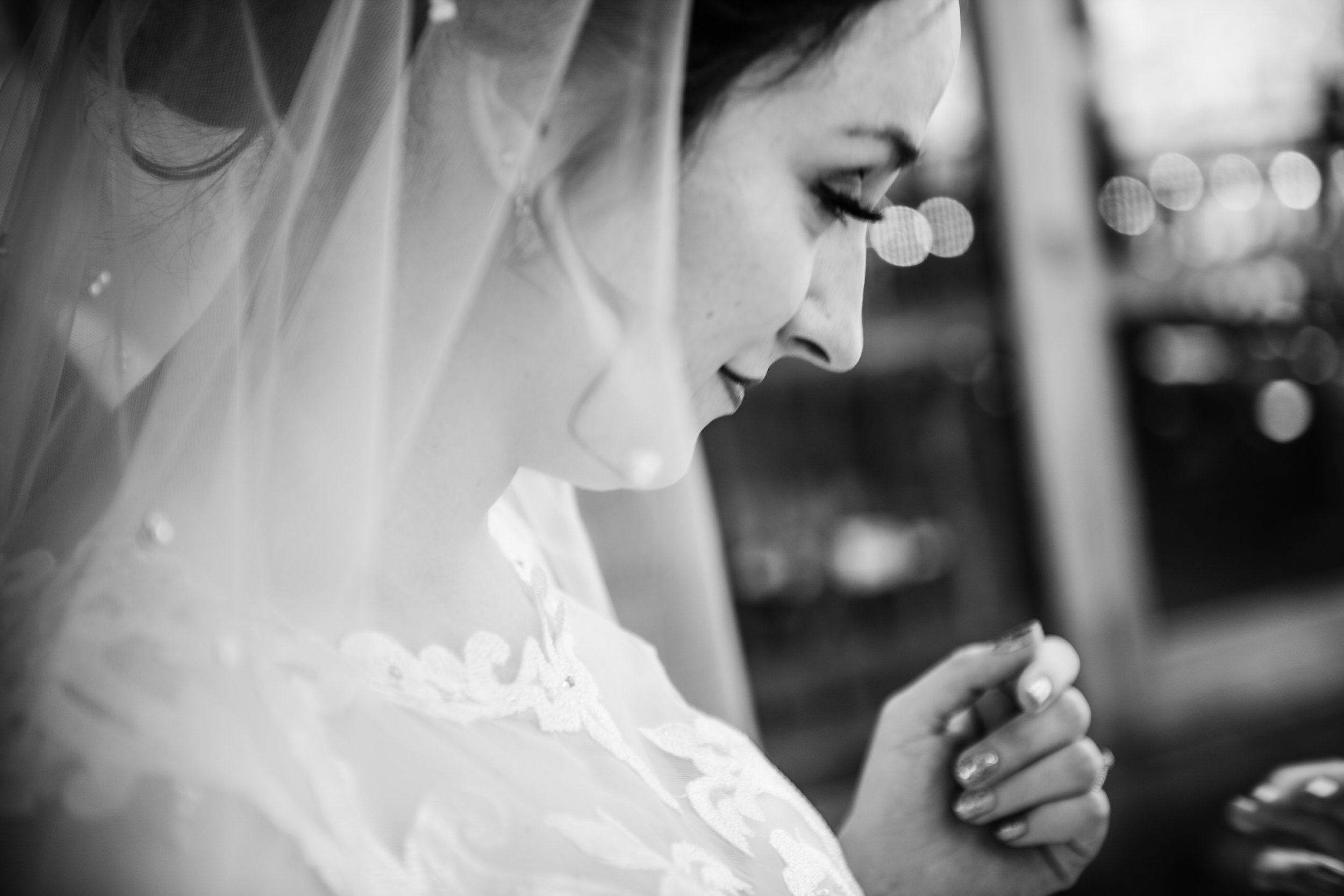 ThorpewoodWedding-Eileen&Chris-GettingReady-4216.jpg