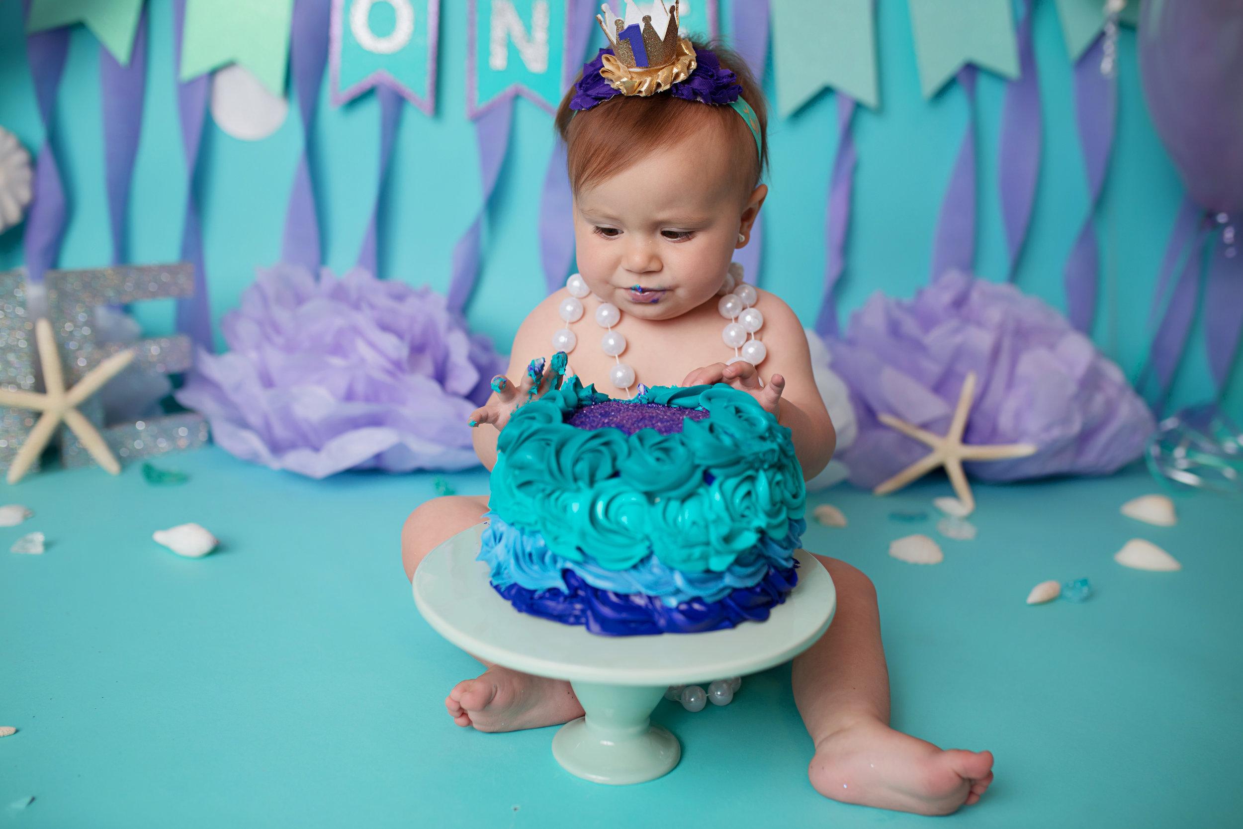 anchorage-cake-smash-photography-6.jpg