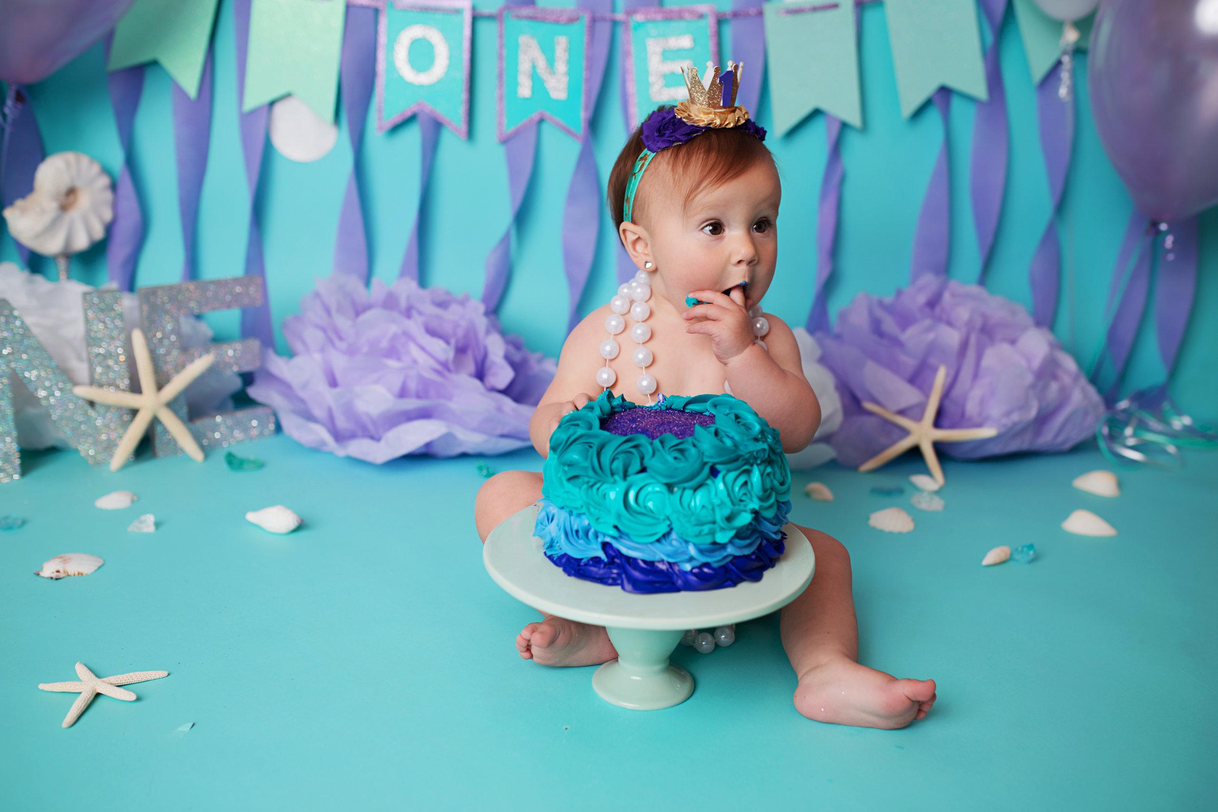 anchorage-cake-smash-photography-7.jpg