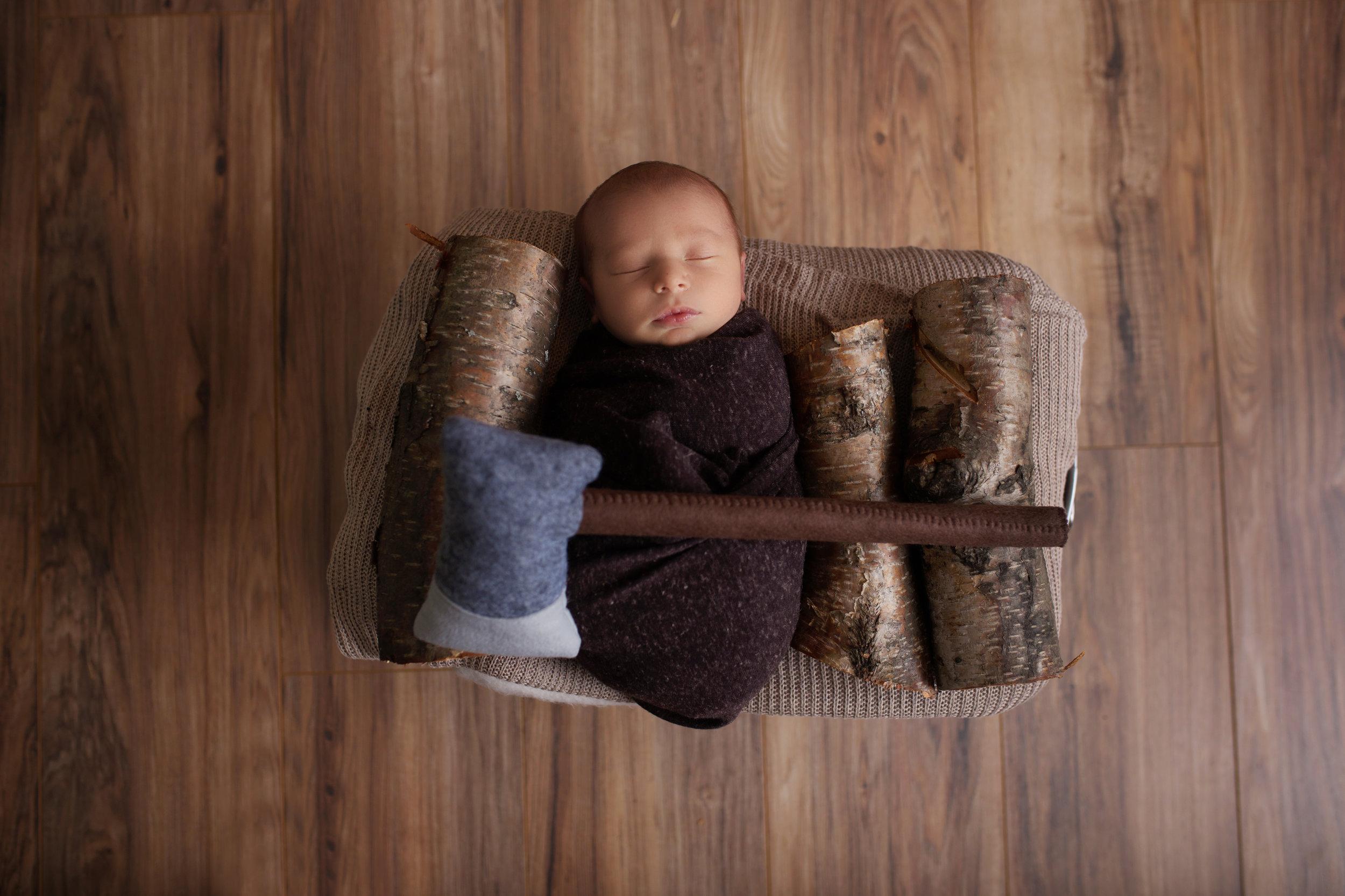 anchorage-newborn-photographer-1.jpg