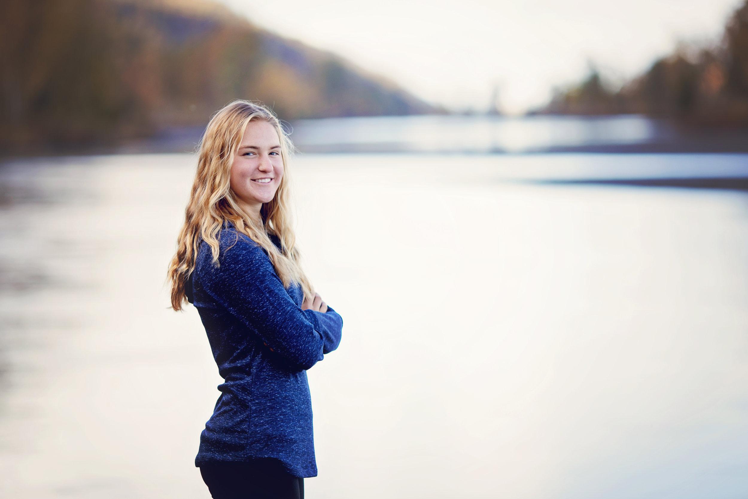 anchorage-senior-photographer-6.jpg