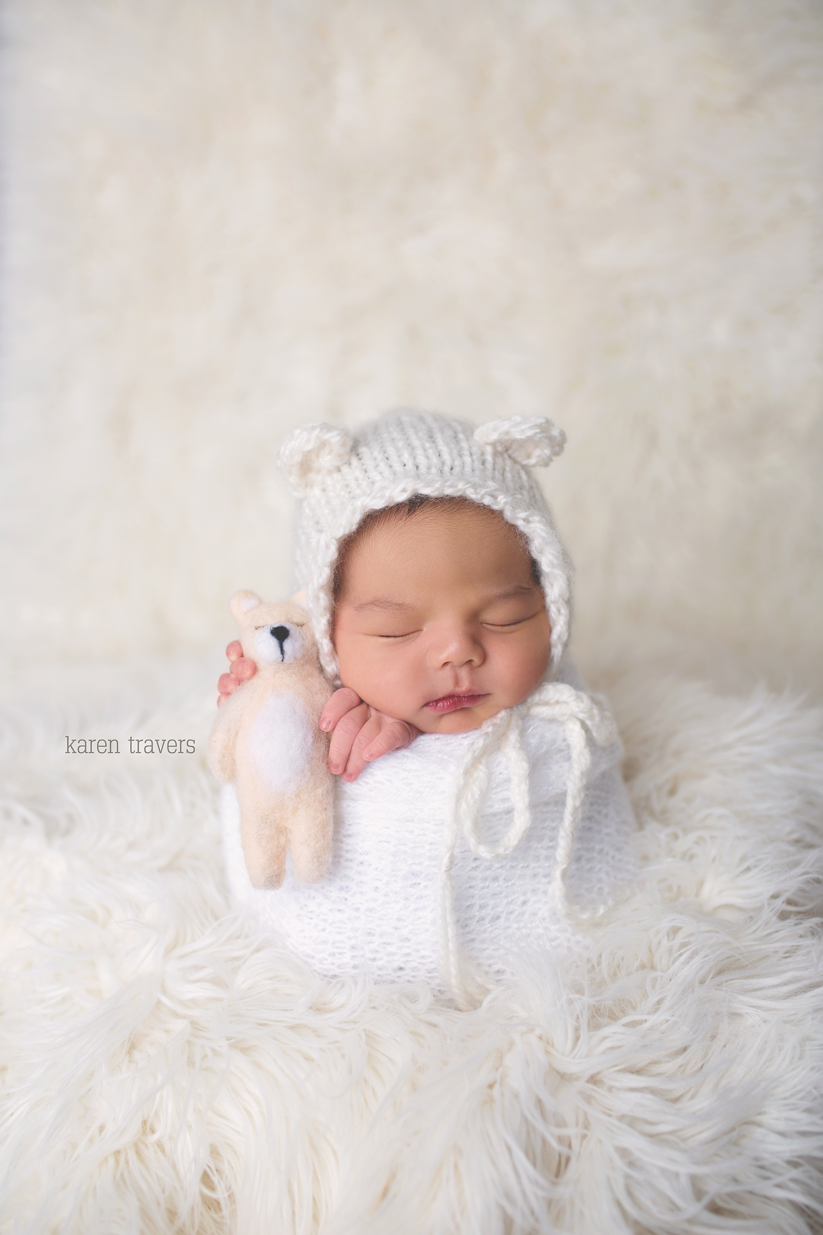 anchorage-newborn-photographer-7 copy.png