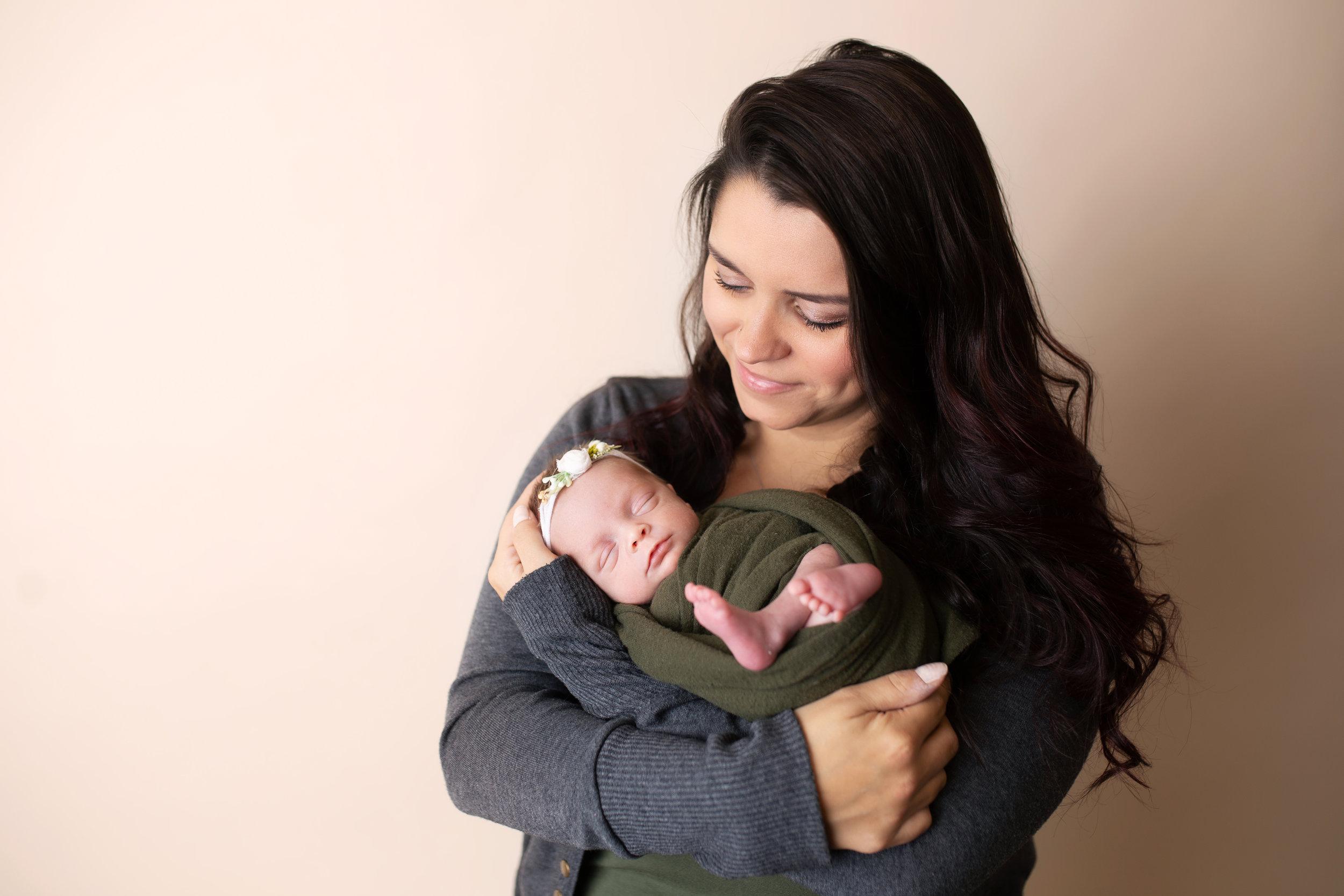 anchorage-newborn-photographer-9.jpg
