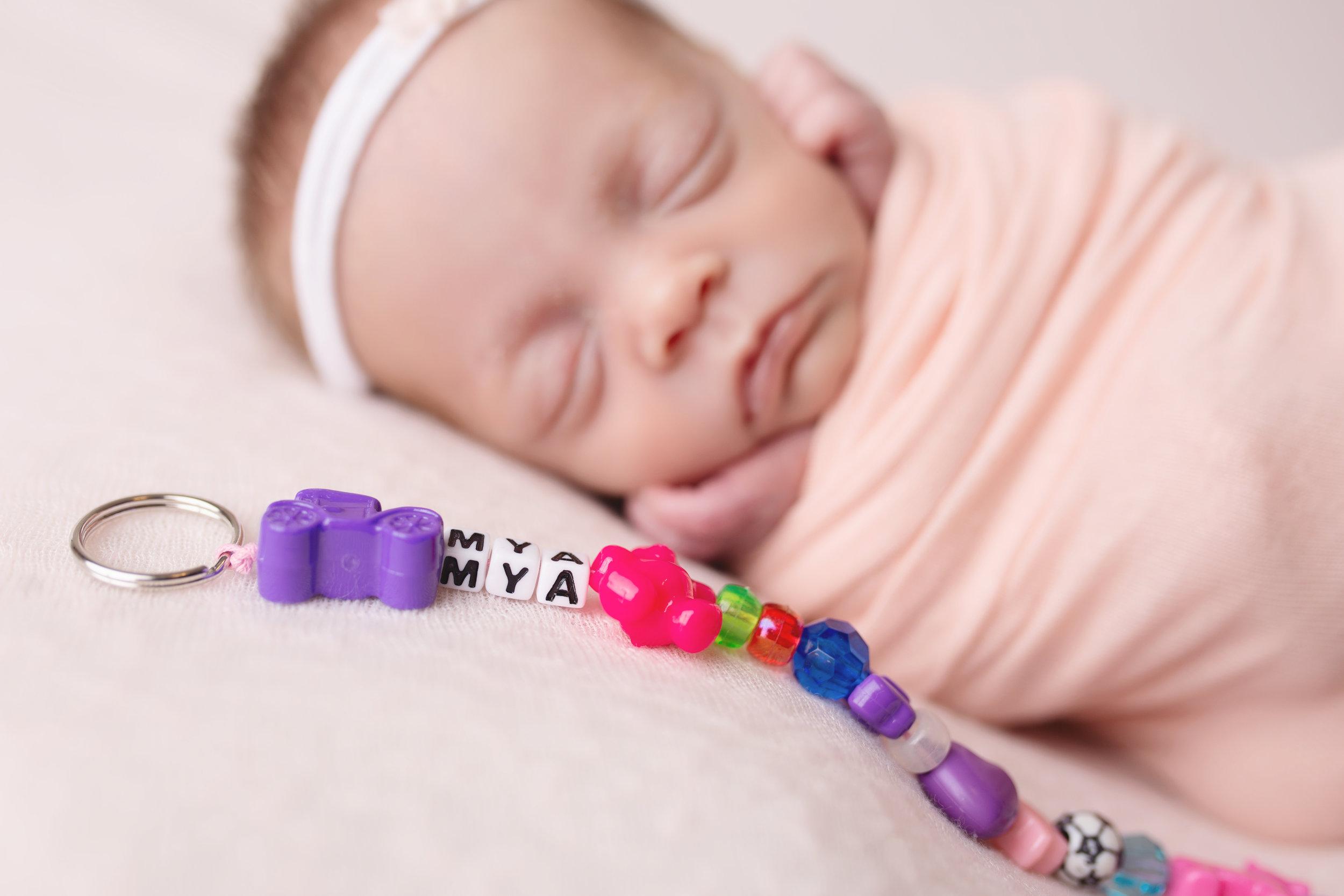 anchorage-newborn-photographer-11.jpg