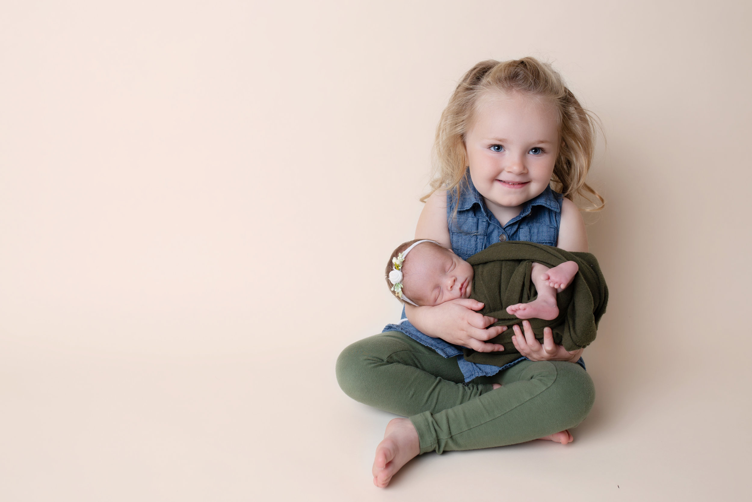 anchorage-newborn-photographer-12.jpg