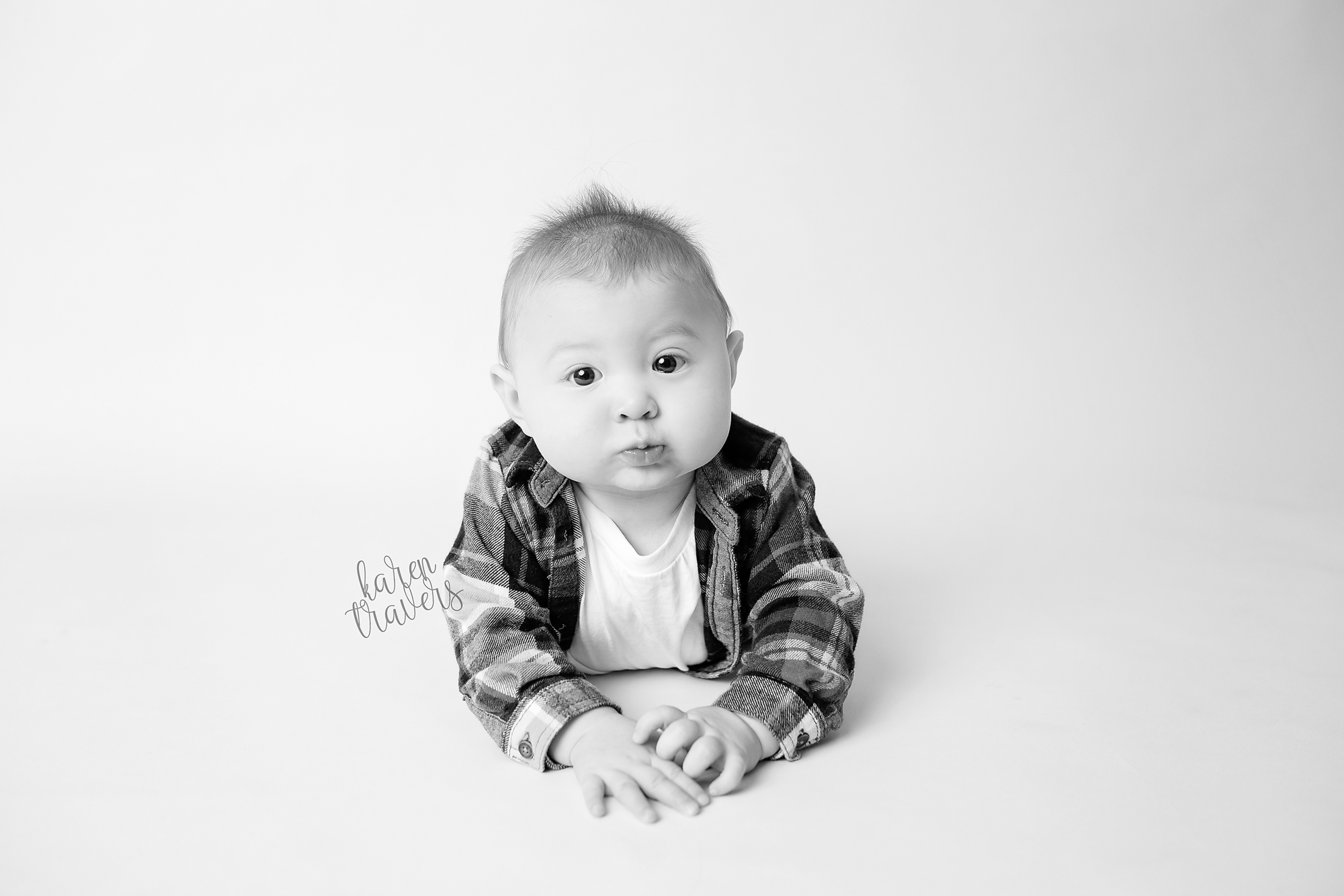 anchorage-newborn-photographer-4.png