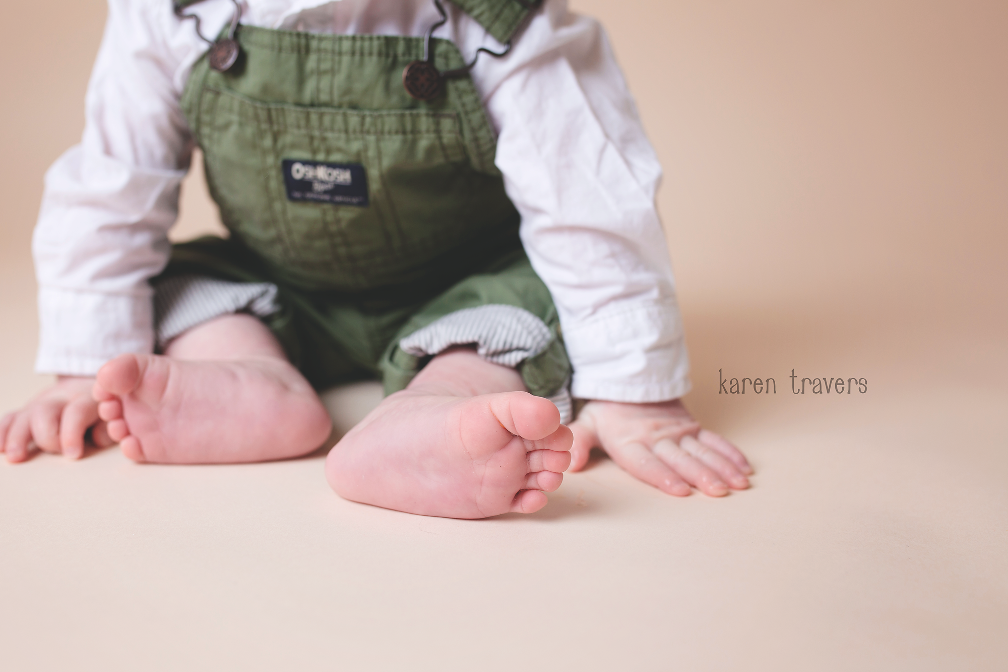 anchorage-newborn-photographer-8.png