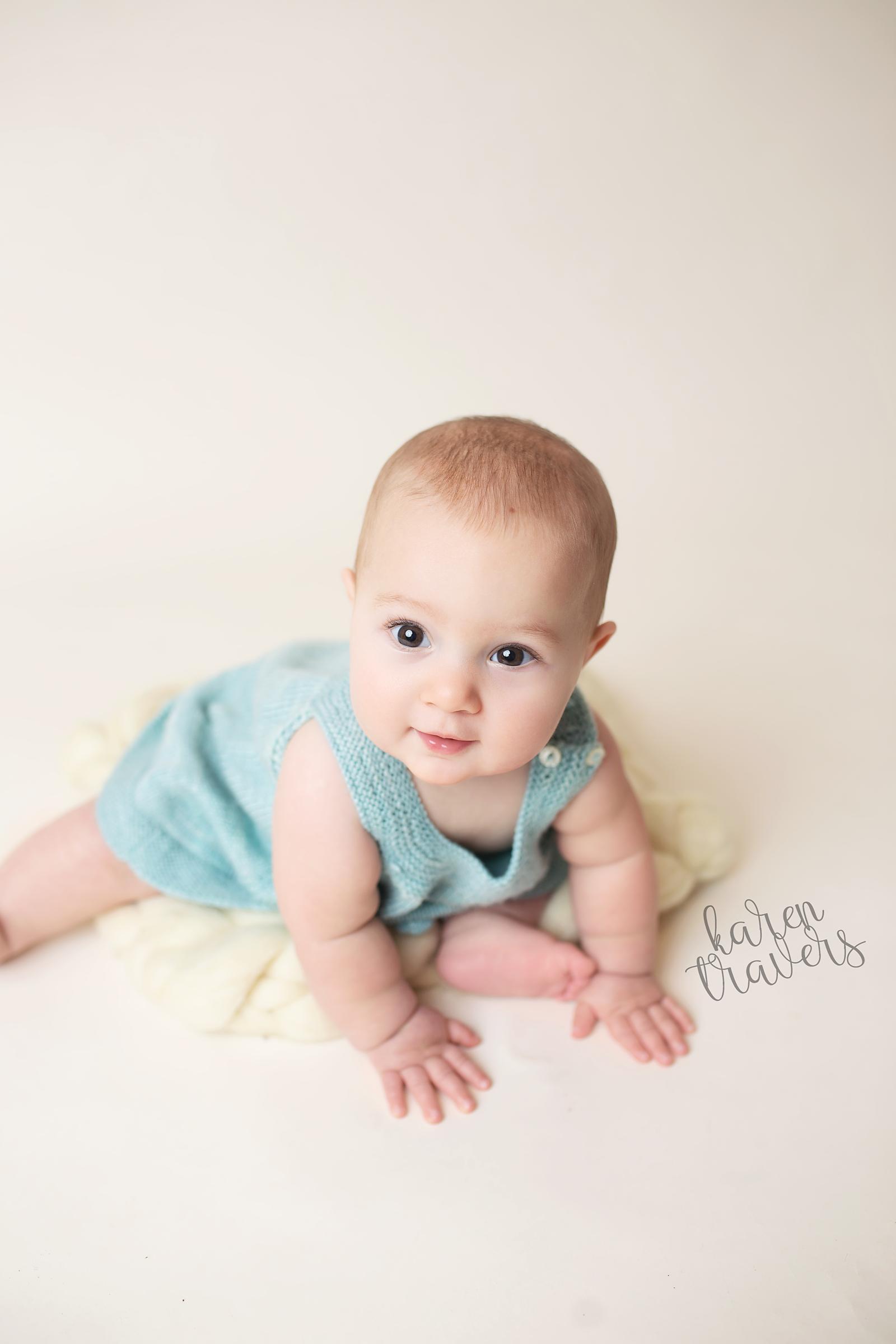 anchorage-newborn-photographer-10.png