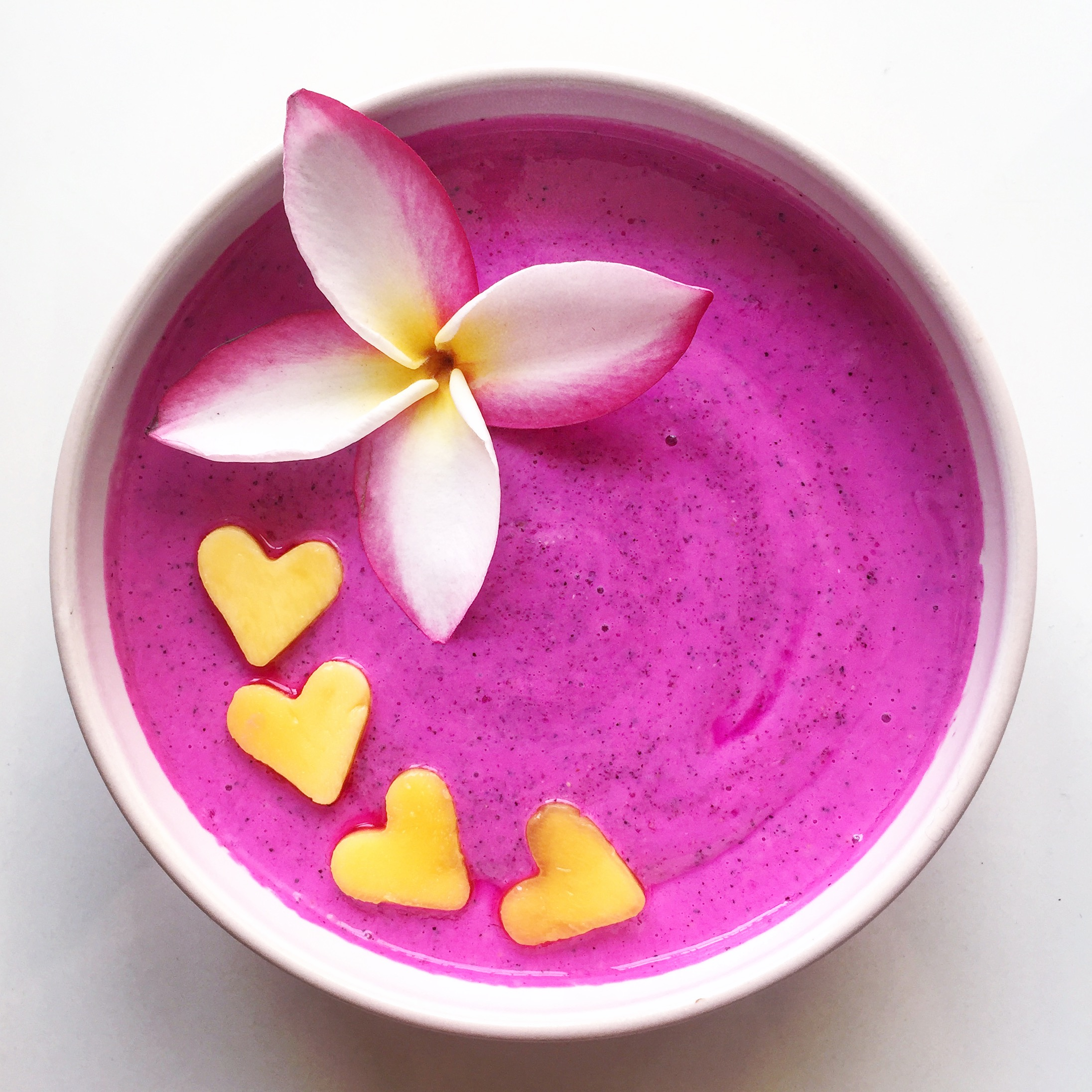 Dragon Fruit & Mango Smoothie