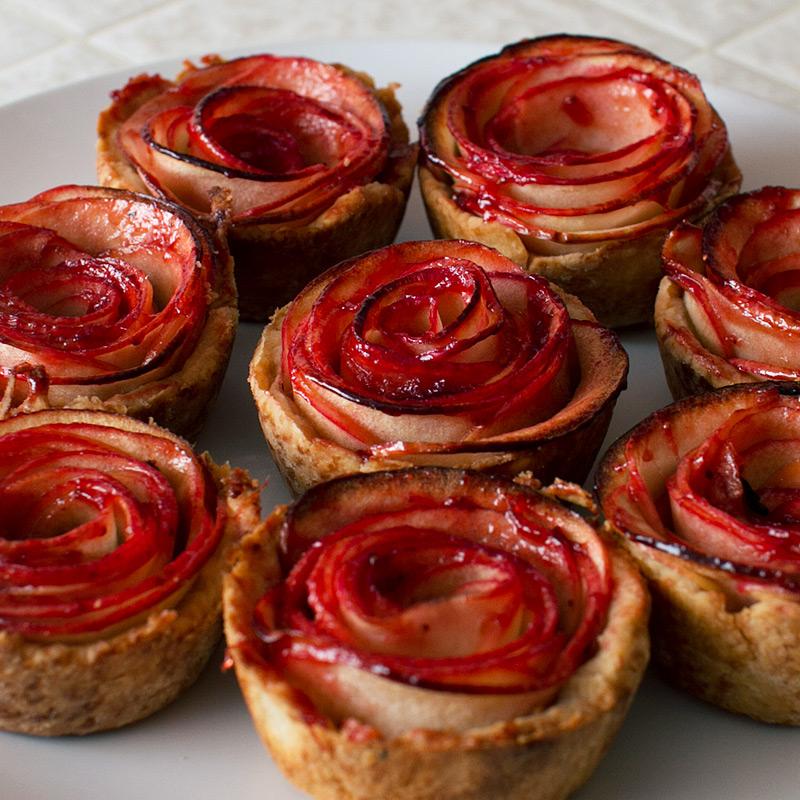 Apple Rose Pies.jpg