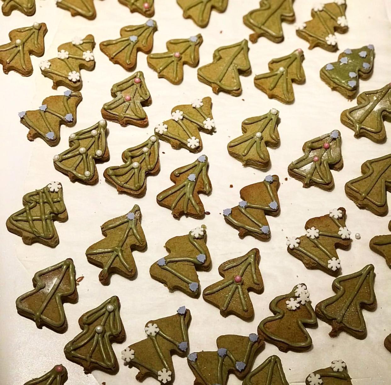 Vegan Matcha Christmas Cookies.jpg